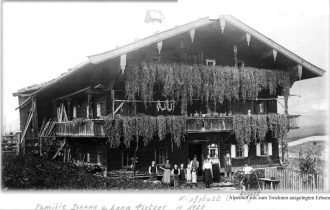 Johann & Anna Pletzer family, 1920
