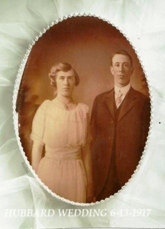 Blythe & Tessie (Schlichting) Hubbard, Wisconsin 1917
