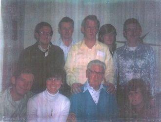 Fred Crowe & children