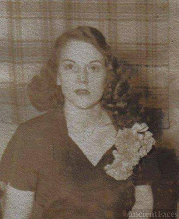 Dolores Mockosher