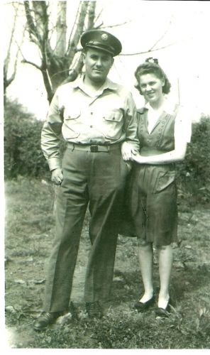 Noble and Lelia (Howell) Vaughn