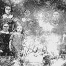 Family of Lorenzo and Ruth Ackerman
