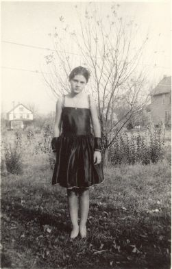 Lorraine Lucas abt 1938