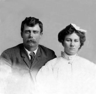 George and Naomi Wilhelm, 1905 AZ