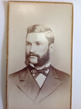 George L. Leslie