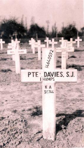 Stanley John Davies gravesite
