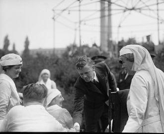 Lindbergh at Walter Reed, 6/12/27