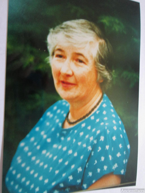 Jacqueline Nichola Waters