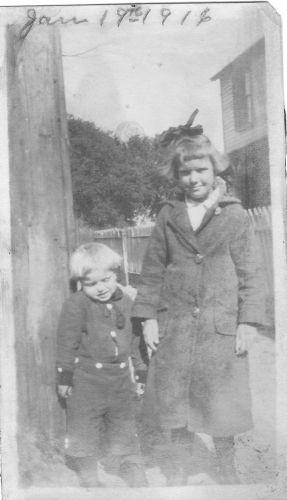 Grooms or Pearce children, 1916?