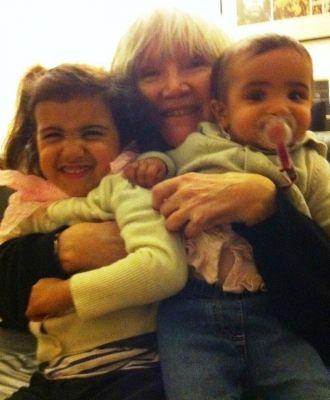 Molly Molloy and grandchildren