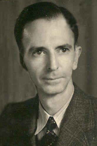Howard Moody Gill