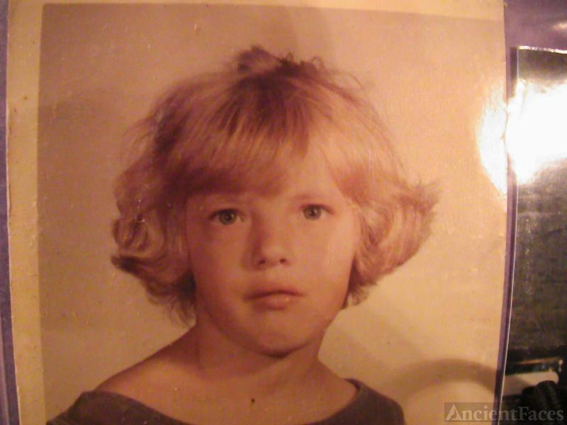 Daryla F Fisher (Luinstra), child
