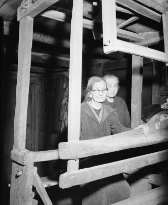 Margaret and Louisa Walker, 1961