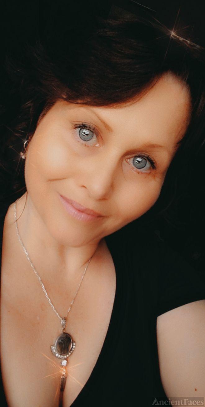 Shannon Yvette Stewart
