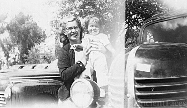 Nancy Allen with her cousin, Joyce
