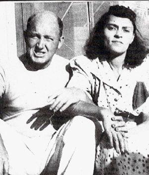 Mr & Mrs. David J Llewellyn II