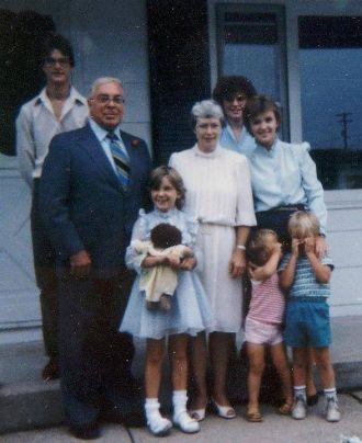 Edison E Wells family