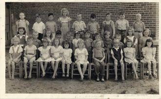 1946 Blountstown 2nd Grade Class Photo
