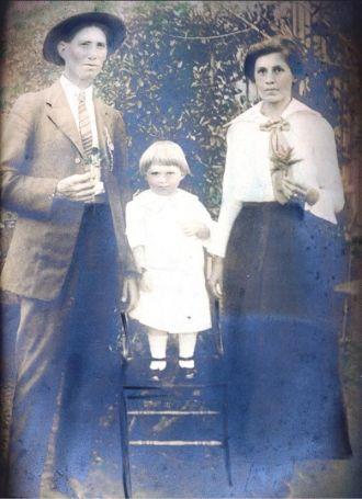 John, Ann, & Leon Raimer, 1918 Texas