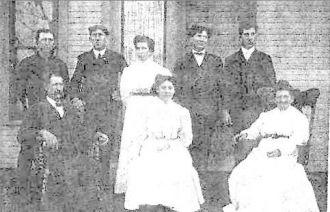 Albert & Mary (Argabright) McColly Family, OH 1909