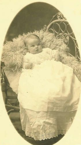 Fern, daughter of Arthur & Tessie (Walton) Sheeks