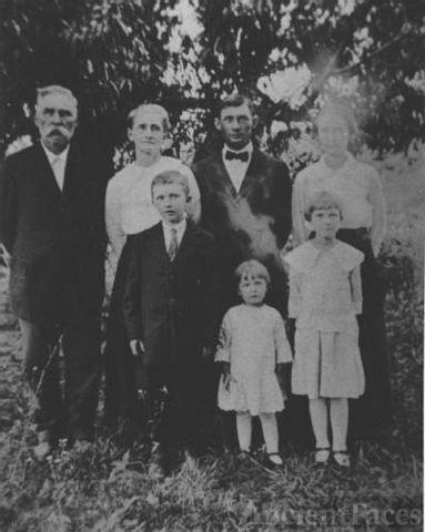 Smith Gathering in Phelps Co, Missouri