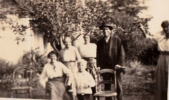 Unknown Family from Wyoming