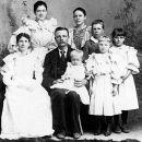 Lillian Denison and her family.