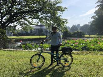 Bike riding in Bogor Botanical Garden