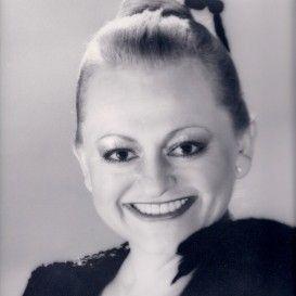Marcia Lewis, Chicago