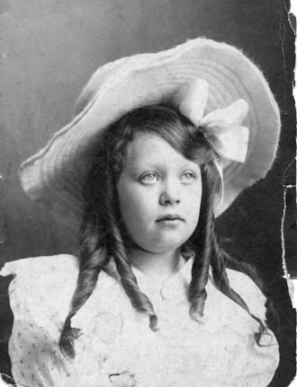 A photo of Edith Glenn (Crain) Hanover