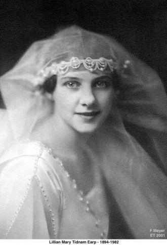 Lillian M Tidnam