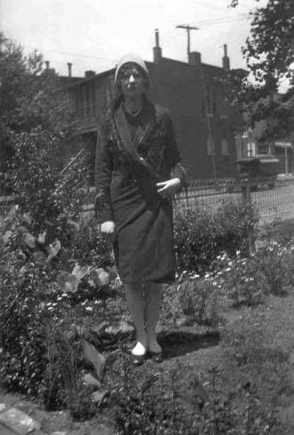 unknown woman st.louis mo.