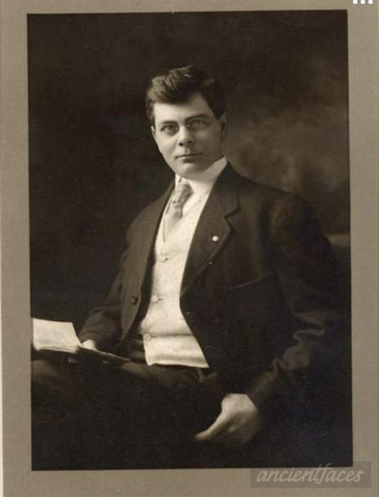 Walter M Krimbill