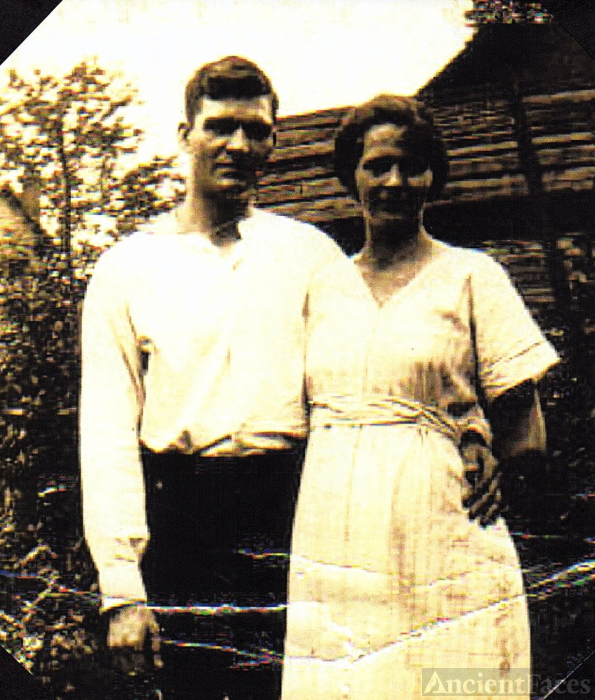Ray and Lina Young, 1920