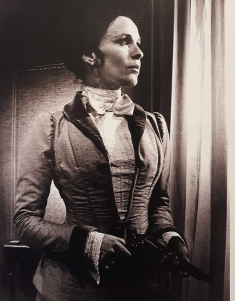 Patricia Claire Blume, (stage name, Claire Bloom) as Hedda Gabler