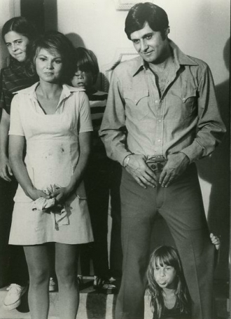 Barbara Harris and Joseph Bologna
