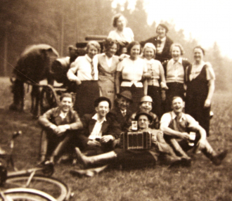 Accordion with Group of People