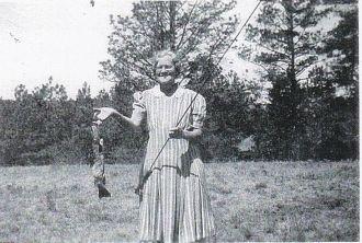 Mary Lucy (LoEnstein) Farus Davis, Fishing