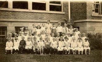 1916 School Picture