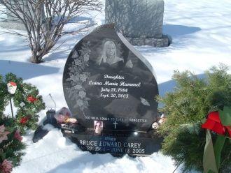 Headstone of Laina Marie Hummel