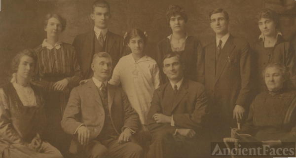 Lydia (Folk) Wells family