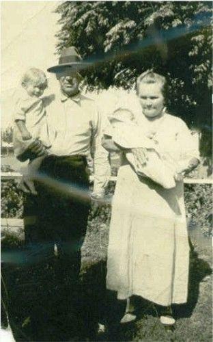 Edgar and Hattie HASKELL