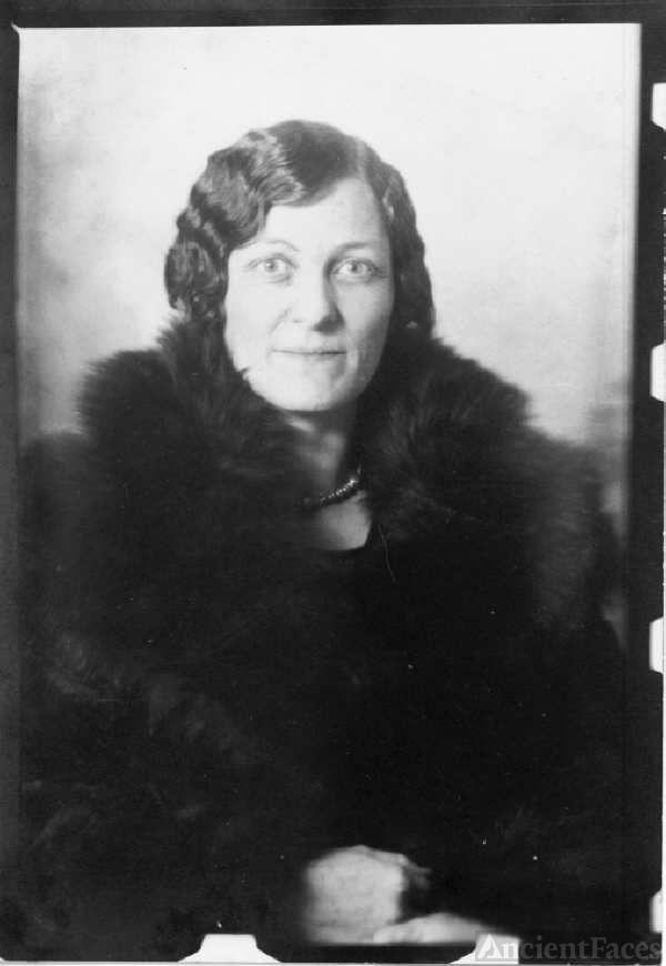 Nora Stewart