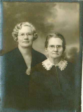 Maud Naylor & Melissa Becks