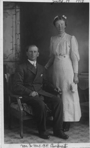 Henry & Sarah Pankratz wedding photo