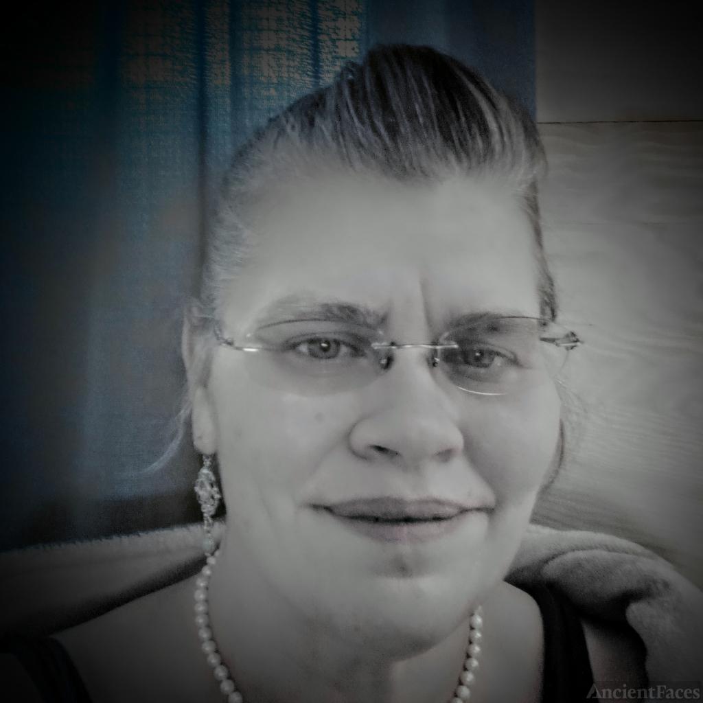 Michelle Lynn (Myers) Chaddon