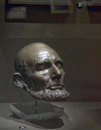 Life mask of Abraham Lincoln