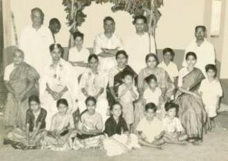Seshendra Sharma : Family complex                                                                                                   Seshendra Sharma : Family complex : 1962