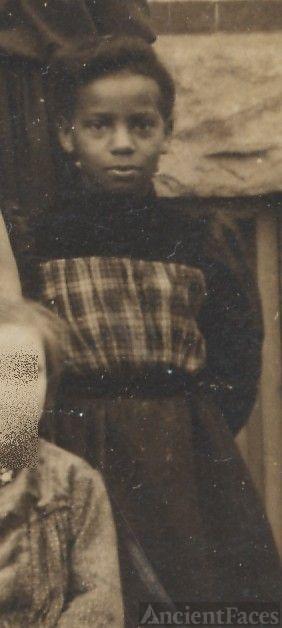 Mary Rhinehart, school girl